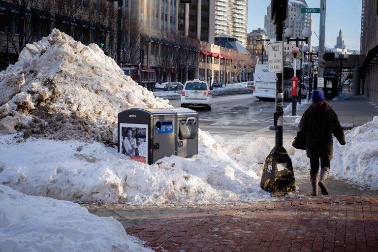 Boston saturday morning stroll, snow
