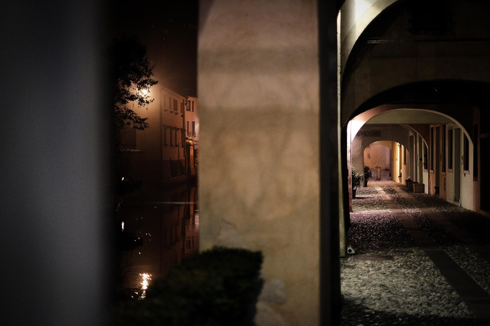 Night by the canal, Treviso