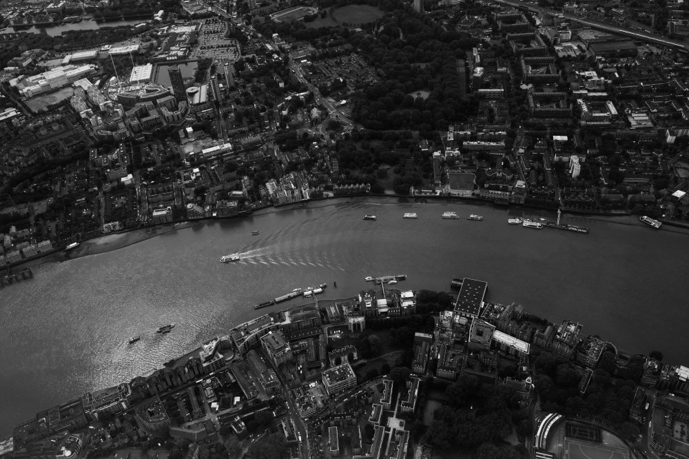 Wapping, looking south, approaching London City Airport