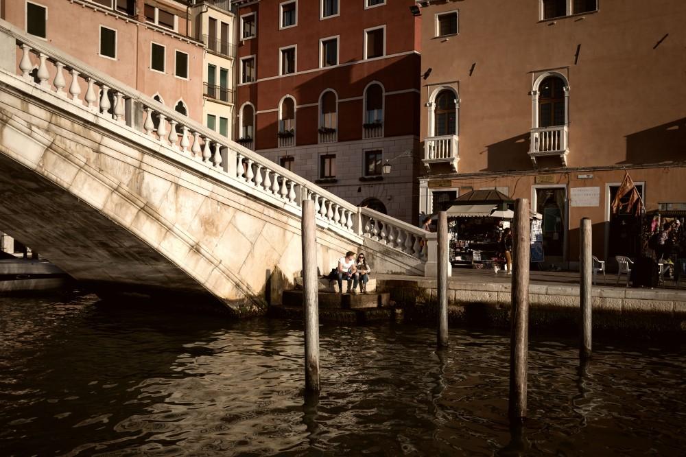 Les amoureux, Ponte degli scalzi, Venezia