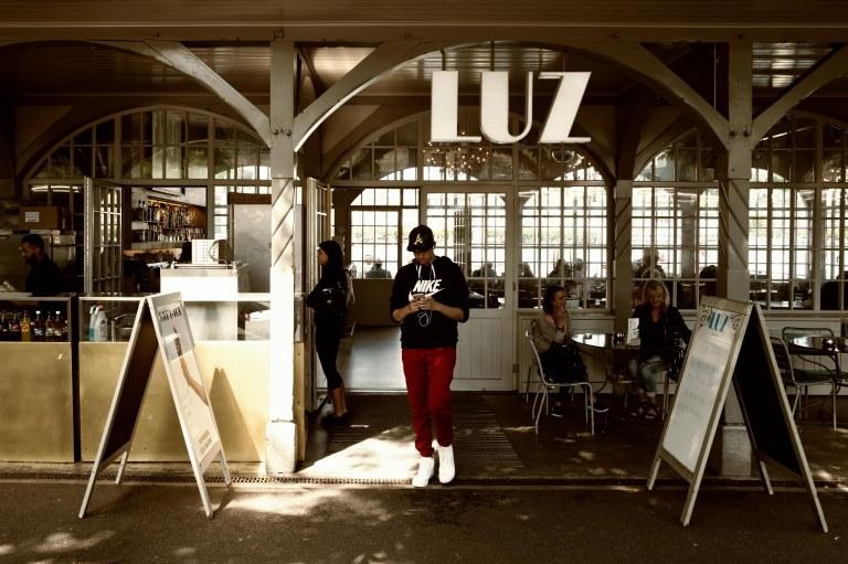 Cafe LUZ, Lucerne Bahnhofquai