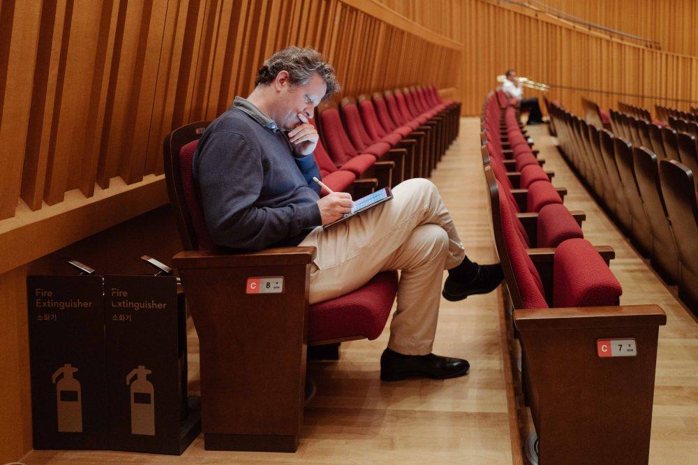 1090930_LucerneFestivalOrchestra_onTour_Seoul_c_GeoffroySchied_LUCERNE_FESTIVAL-