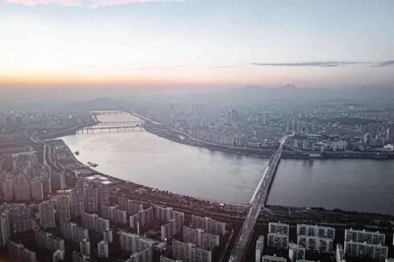 1090955_LucerneFestivalOrchestra_onTour_Seoul_c_GeoffroySchied_LUCERNE_FESTIVAL-