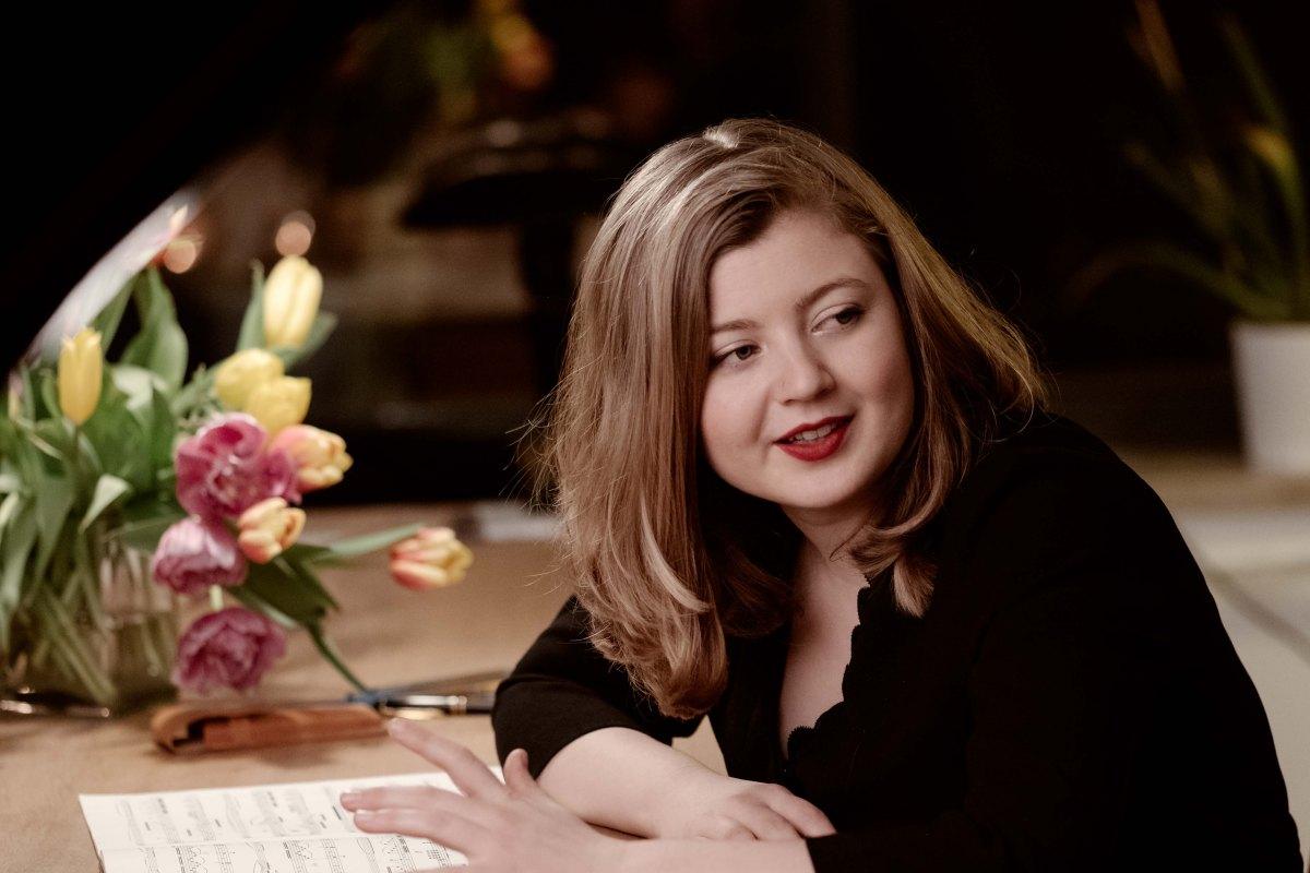 Artist Portrait, Emily Hoile