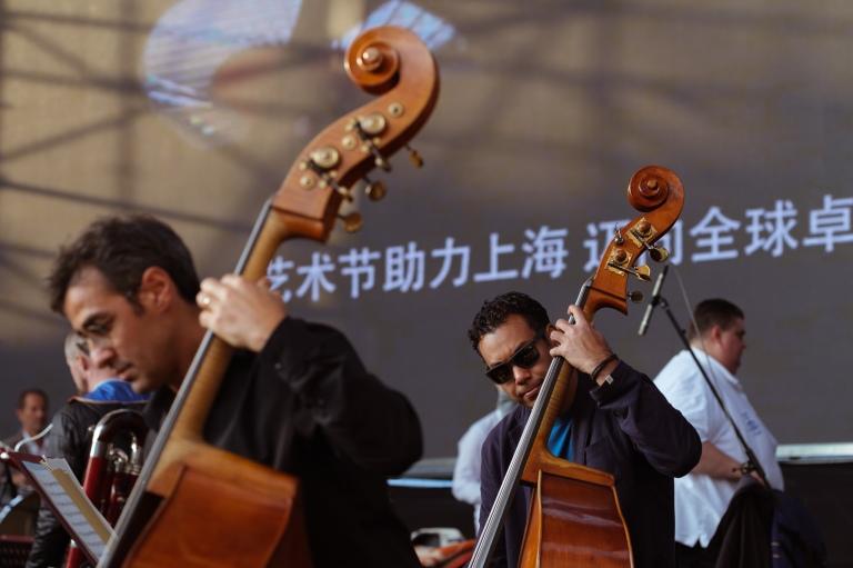 2414_1810_lucernefestivalorchestra_chailly_ontour_shanghai_c_geoffroyschied_lucerne_festival-